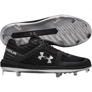 Under Armour Men's Yard Low ST Metal Baseball (Black/Silver)